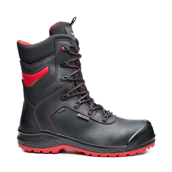 Be-Dry Top Safety Boot Special Footwear that faces extreme conditions. It keeps the foot dry and safe in any temperature with cold insulation up to -17°C and Heat insulation up to 150°C. Comfort is what has inspired Base Protection since its first day of activity. The company produces safety footwear, combining technology and functional requirements, to respond to professional and more demanding clients. Be-Dry Top Safety Boot Key Features Anti-static footwear Water resistant upper to prevent water penetration 100% metal free 200 joules resistant toe-cap Puncture resistant sole Shock absorption in the heel region Water resistant shoe Heat resistant 1 minute up to 300°C Cold insulation up to -17°C Hydrocarbons resistant UNI EN ISO 20345:2012 S3 WR CI HRO SRC Materials Upper: Water-Resistant Full Grain Leather with H2st0p Membrane Lining: Primaloft® Midsole: Fresh'n Flex Toecap: SlimCap Sole: AirTech Double-Density PU/HRO Rubber Life Plus Technology Suggested environments : Building, heavy industry, shipbuilding, big installations, petrochemical industry, light industry, handicraft, automotive, automated lines