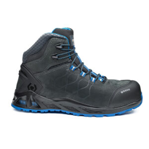 B1001 - K-Road Top Safety Boot Features Anti-static footwear Water resistant upper to prevent water penetration 200 joules resistant toe-cap Puncture resistant sole Shock absorption in the heel region Heat resistant 1 minute up to 300°C Cold insulation up to -17°C Hydrocarbons resistant Men's width Women's width